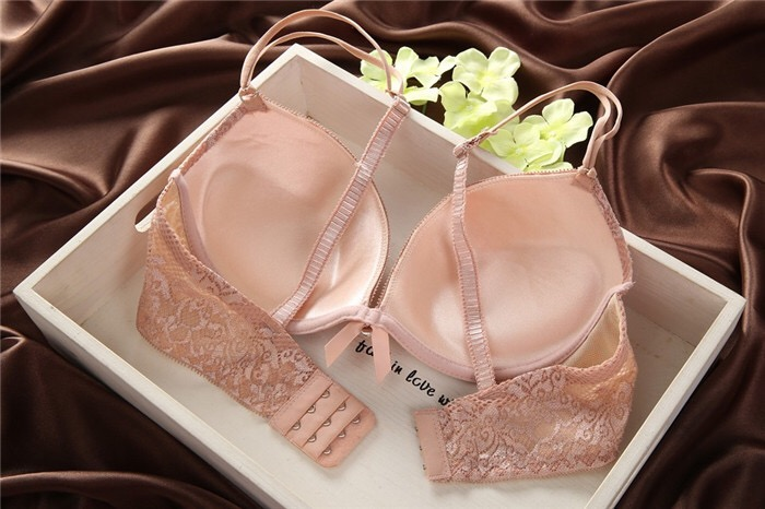 Young Girls and Women Fashion Stylish Very Sexy Transparent Lace Bralette Bra