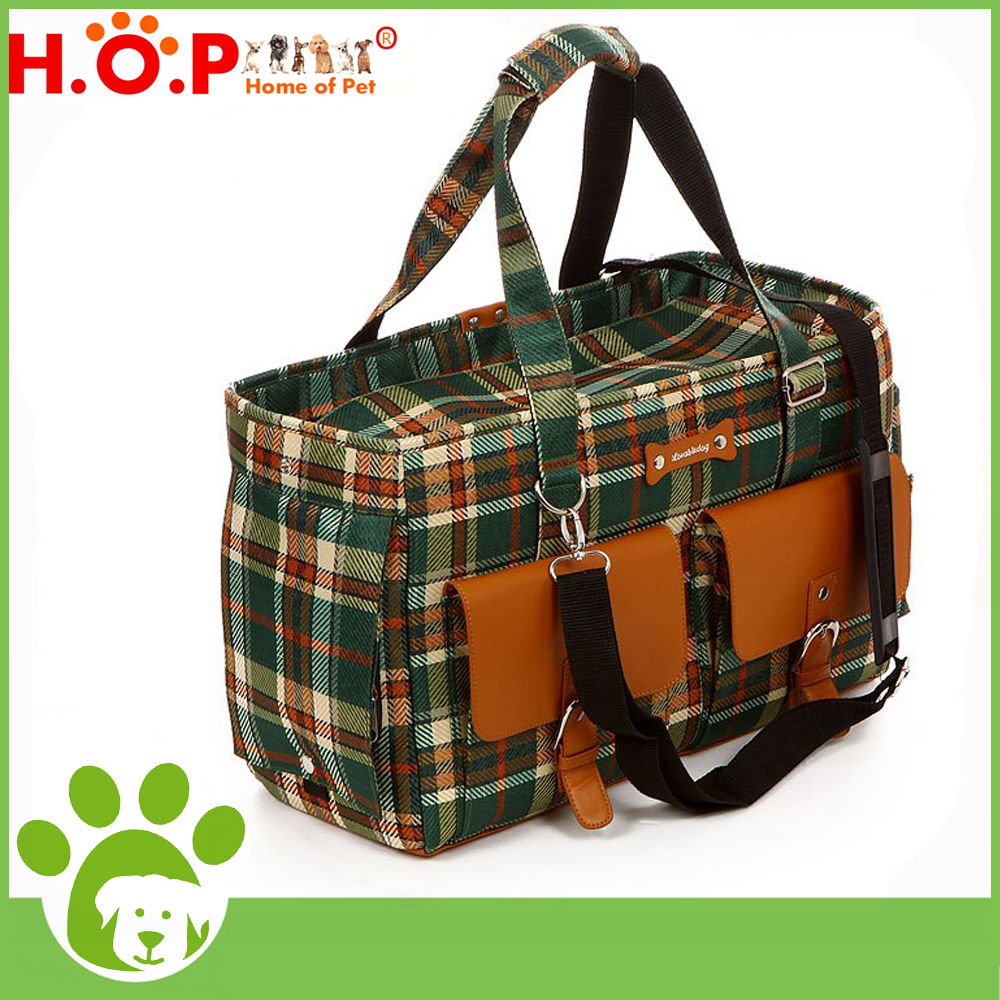 Wholesale Pet Carrier Bag Beautiful Grid Dog Bag Home Of Pet Brand Fashion Eco-friendly 2 Colors Pet Carrier Bag For Small Dog