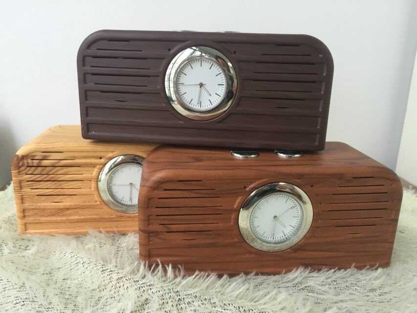 high quality FM Create New wooden Portable Bluetooth speaker TF card U-dish MP3 format Mp3/Mp5 player PC&phone/FM Mini Speaker