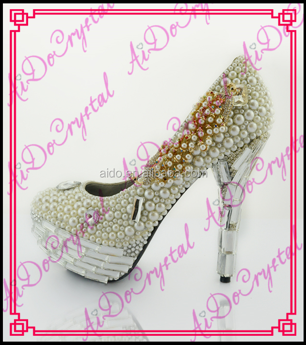 Aidocrystal 2016 new arrival pearl heel genuine leather white crystal and pearls high heel shoes