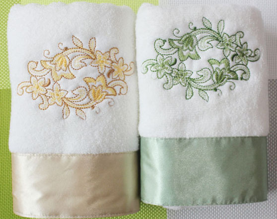 Hot sale Embroidered gym towel