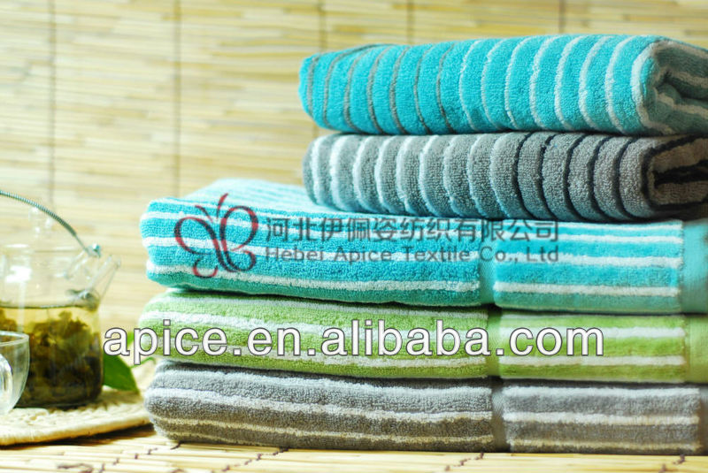 100%cotton terry bath towel with cut pile border