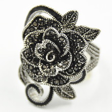 Wholesale Trend Custom Ring Retro Design Ladies Tibetan Silver Jewelry Creative Black Vintage Flower Rings for Women