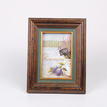 latest China wooden wall picture art frames