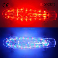 "22"" Retro Cruiser Mini Kids Plastic LED Skateboards"