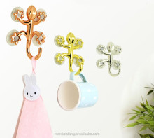 Gecko shape metal suction hooks Household Removable Clothes Coat Towel Hanger Suction Cup Sucker Hook