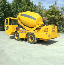 Hongyuan self-loading concrete mixer for sale with 4.0M3