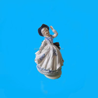 porcelain musical figurines for mother gift