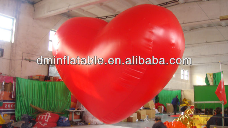 Giant inflatable Valentine's heart with light can wave hands inflatable wedding heart