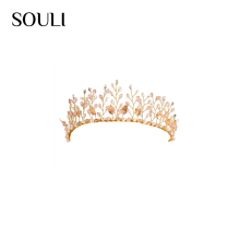 Latest style wedding jewelry leaf shaped imitation pearl wedding tiara and crown