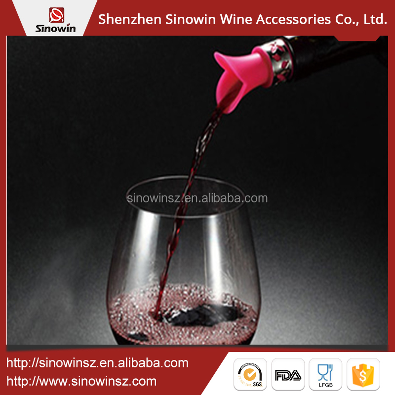 Chinese supplier silicone bottle pourer wine stopper