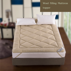 Wholesale hotel 100% wool filling with 2.5 gusset mattress topper