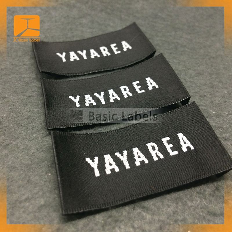 Washable high definition woven clothing label/woven garment satin label maker in Guangzhou