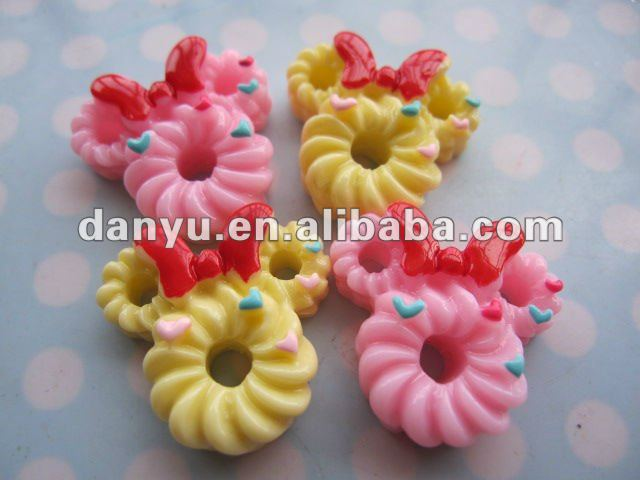 Resin food/cake cabochons/charm/pendants