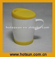 Ceramic mugs with silicon lid and base