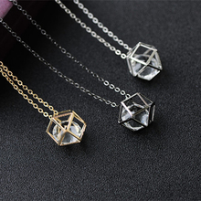 2018 Latest Fashion Contracted Geometric Hollow Crystal Choker Necklaces Woman Jewelry Alloy Necklace