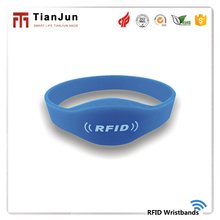 Promotion passive UHF silicone rfid wristbands tags for login