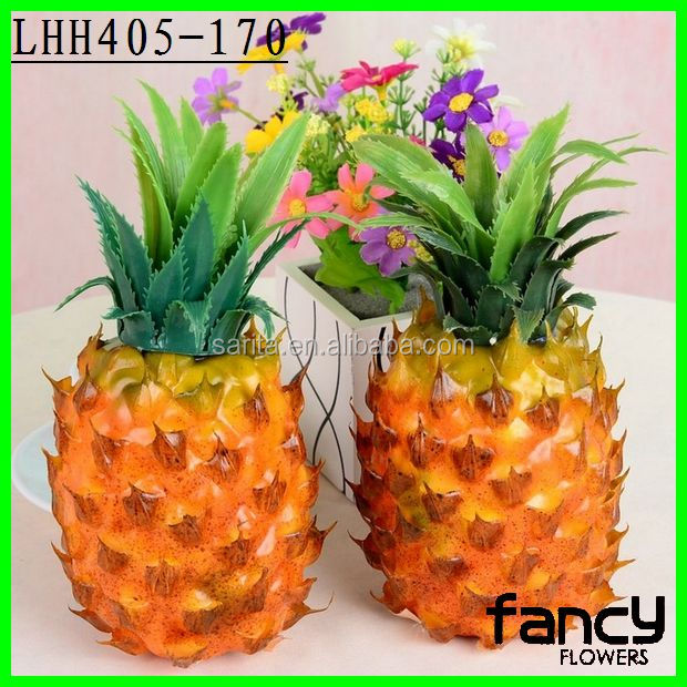 Decorative wholesale artificial fruit fake pineapple