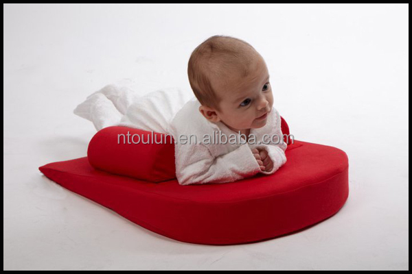 Triangle Incline Safe Lift Universal Foam Sleep Positioner and Baby Crib Wedge/baby pillow