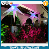 Pretty wedding party decoration items hanging color changeable LED lighted inflatable star for event decoration