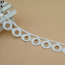 New arrival polyester embroidery crochet eyelet lace trim with metal grommets