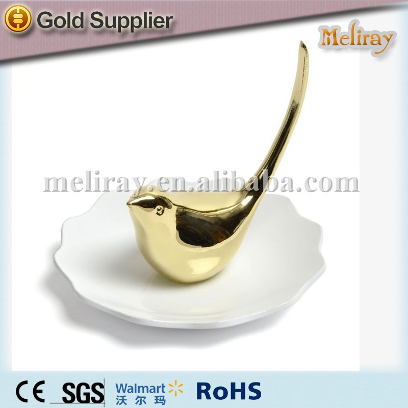 dish for rings and jewelry animal figurine