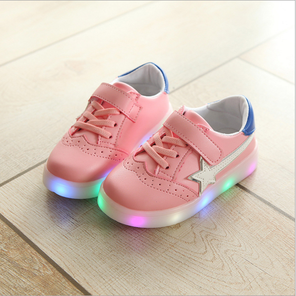 2018 New Arrived Light Stars Casual Sports LED Shoes Sneakers
