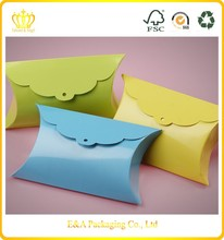 Best selling high quality fancy paper pillow box wedding favors
