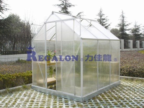 Plastic polycarbonate panel for greenhouse materials