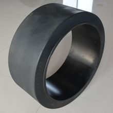 China electric forklift solid tyre 28x10x22 for Wirtgen machine