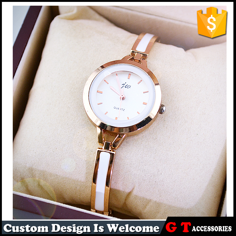 2016 newest design cheap gold alloy women wrist quartz three hand watch in stock