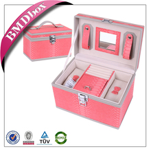 high quality antique style wood MDF ring ring rolls jewelry box