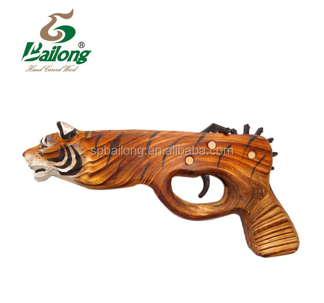 Bailong factory price CE standard wood carving pirate kids toy slingshot