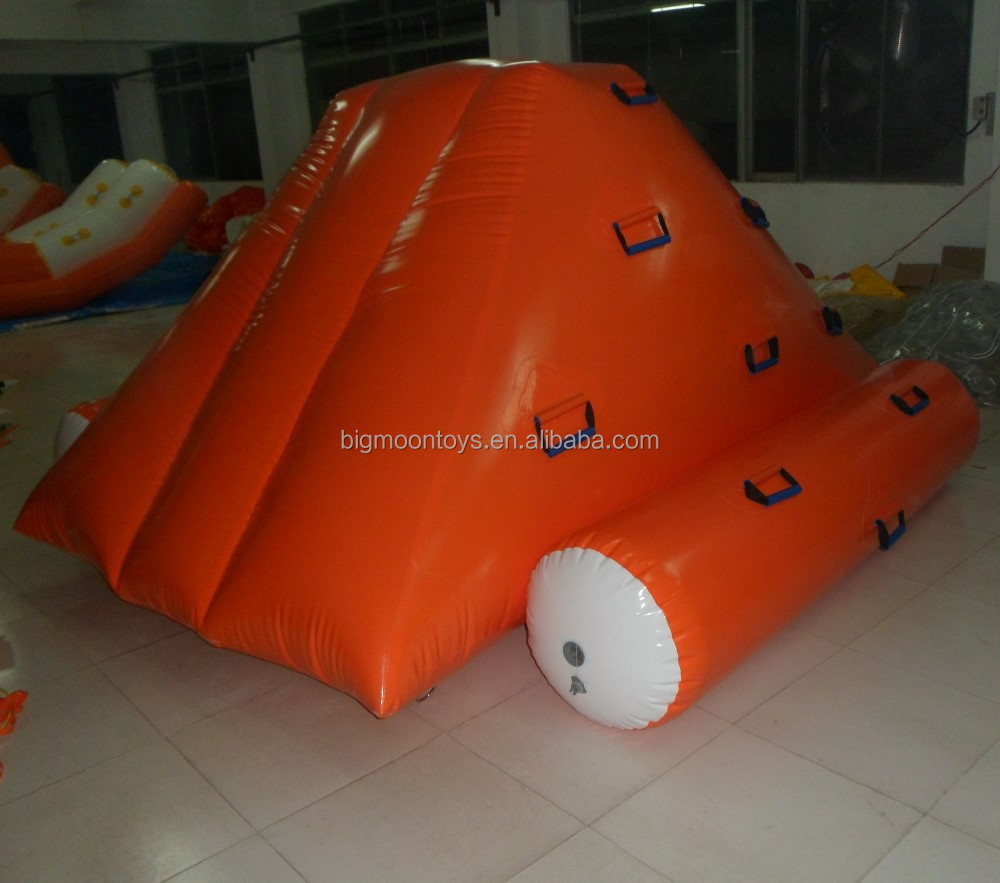 2017 hot commercial water inflatable floating climbing