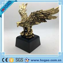 Resin Eagle figurines Polyresin Electroplating Desktop Hawk Statue