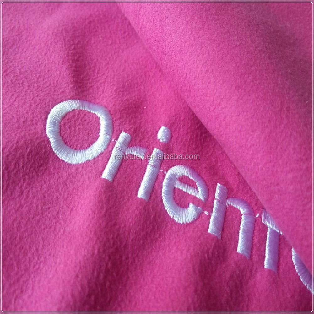 China supplier microfiber suede embroidered fleece fabric sport towel with package bag