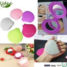 2018 new arrival silicone makeup mirror travel in shell design