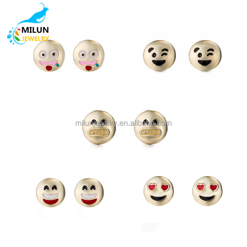 Wholesale Fashion Expression Jewelry Alloy Plated 18K Gold 5 pairs Emoji Stud <strong>Earrings</strong> For Women Girl