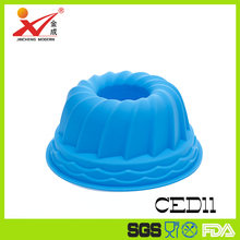 The clever cuisine silicone spiral gelatine jelly and cake pan with thick mold to keep consistent form 9d x4h