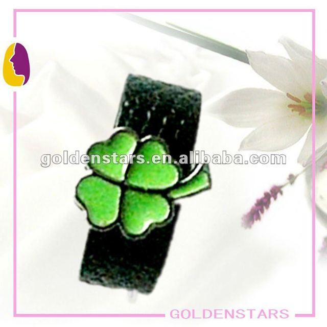 2012 Fashion four Leaf Clover leather ring