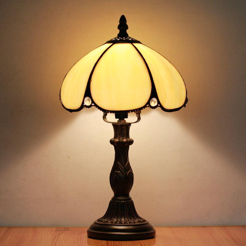 Tiffany Europese slaapkamer bedlampje retro tafellamp China( vasteland ...