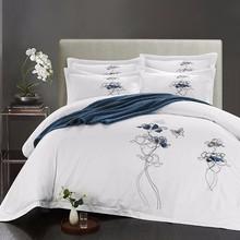 White Embroidery Hotel Bedding set Queen/King comforter Egypt Cotton Luxury Bed set Flat sheet Duvet cover Bedlinen set