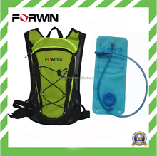 2016 New Style Bright Color Fabric Hydration Backpack with Water Bladder