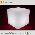 Rechargeable outddor plastic solar light up cube with LED light for garden and swimming pool