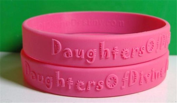 Custom 12mm solid color emobossed Silicone Wristbands