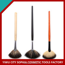 Best Prices Latest OEM design big fat fan brush made in china