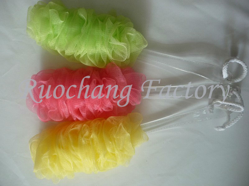 Promotional flower bath puff,plastic long handle puff mesh bath sponge