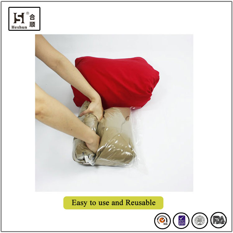 Vacuum Seal Travelling Bag with Roll Compressed Saving Suit Case Space