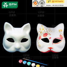 Paper his and hers masquerade masks made in China