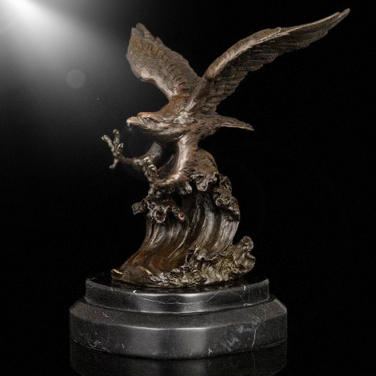 Small size eagle statue bronze eagle sculpture for home table decor